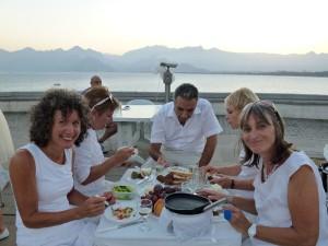 White Dinner am Golf von Antalya, Tuerkei