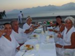 white-dinner-abendstimmung